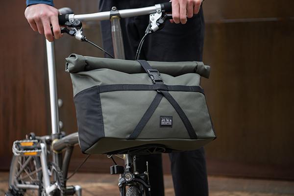 brompton-borough-medium-bag-olive 3
