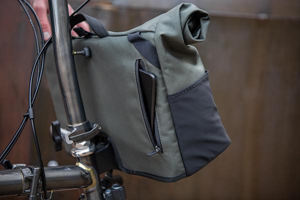 brompton-borough-medium-bag-olive 9