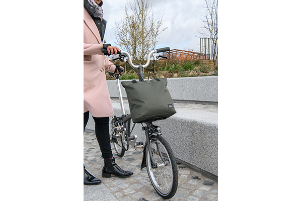 brompton borough tote s olive green lifestyle 2