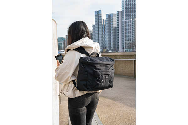 brompton metro backpack m black lifestyle 1